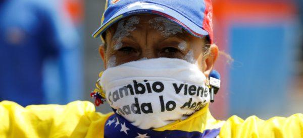 2017-04-26T154122Z_1567448517_RC12762668E0_RTRMADP_3_VENEZUELA-POLITICS-600x274